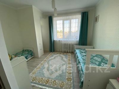 4-комнатная квартира, 107 м², 5/6 этаж, Алии Молдагуловой за 28.8 млн 〒 в Уральске — фото 7