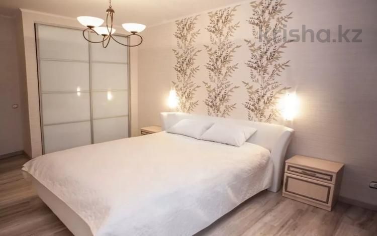 2-комнатная квартира, 65 м², 9 этаж посуточно, Навои 208 за 12 000 〒 в Алматы, Бостандыкский р-н