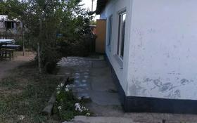 3-комнатная квартира, 50 м², 1/1 этаж посуточно, П. Торангалык озеро Балхаш 15 за 2 500 〒