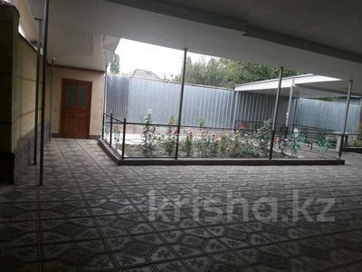 10-комнатный дом, 216 м², 2 я Сенкебая 39 за 27 млн 〒 в Таразе — фото 6