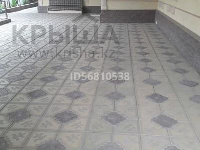 10-комнатный дом, 216 м², 2 я Сенкебая 39 за 27 млн 〒 в Таразе — фото 3