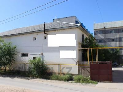 Здание, площадью 2000 м², ул. Т. Рыскулова — ул. М. Дулати за 225.4 млн 〒 в Шымкенте, Аль-Фарабийский р-н — фото 8