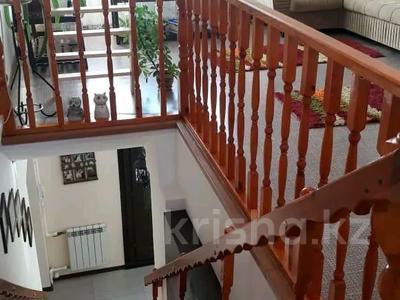 5-комнатный дом, 256 м², 8 сот., Султанова 36/2 за 50 млн 〒 в Павлодаре