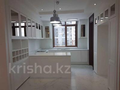 4-комнатная квартира, 108 м², 3/16 этаж, Кабанбай батыра 43блокB за 73 млн 〒 в Нур-Султане (Астане), Есильский р-н