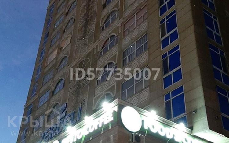 1-комнатная квартира, 58 м², 4 этаж, Абая 21 — Женис за ~ 19.2 млн 〒 в Нур-Султане (Астана), Сарыарка р-н