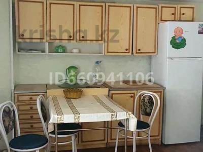 3-комнатная квартира, 100 м², 3/9 этаж посуточно, мкр Аксай-2, Толе би — Саина Елемесова за 14 000 〒 в Алматы, Ауэзовский р-н — фото 7