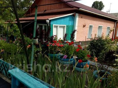 4-комнатный дом, 87 м², 6 сот., Ауэзова 206/1 за 9 млн 〒 в Аксу
