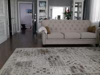 3-комнатная квартира, 142 м² помесячно, Назарбаева 223 за 700 000 〒 в Алматы