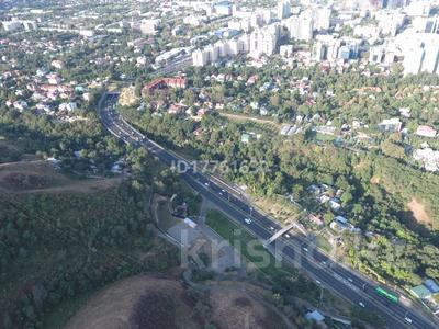 Участок 28 соток, Сахариева 122 за 320 млн 〒 в Алматы, Медеуский р-н