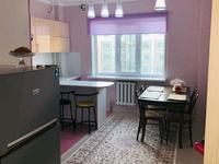 1-комнатная квартира, 42 м², 5 этаж посуточно, мкр Нурсая 64 за 10 000 〒 в Атырау, мкр Нурсая