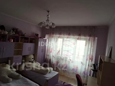 4-комнатная квартира, 93 м², 4/5 этаж, Наурызбая 25 — Жангозина за 17 млн 〒 в Каскелене — фото 3