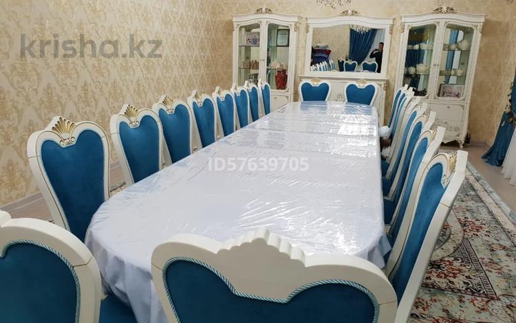 """10-комнатный дом, 455.6 м², 10 сот., мкр """"Шыгыс 2"""" за 120 млн 〒 в Актау, мкр """"Шыгыс 2"""""""