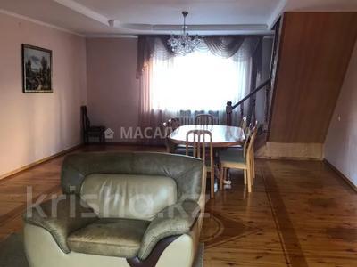 12-комнатный дом помесячно, 420 м², 9.5 сот., Горный Гигант — Жукова за 550 000 〒 в Алматы