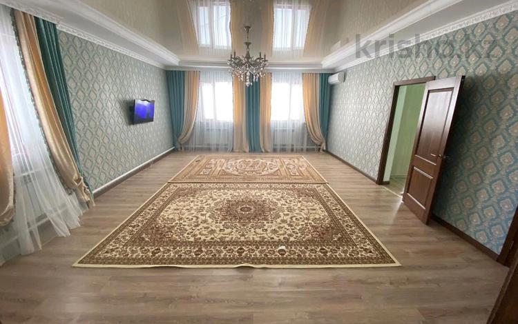 3-комнатный дом, 130 м², 8 сот., 10 51 — 10-22 за 18 млн 〒 в Еркинкале