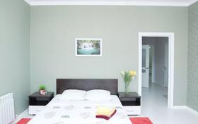 2-комнатная квартира, 80 м², 4/10 этаж посуточно, Мангілік Ел 53 за 15 000 〒 в Нур-Султане (Астана), Есиль р-н