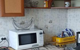 2-комнатная квартира, 43 м², 5/5 этаж помесячно, Б.Момышулы 10 за 130 000 〒 в Семее