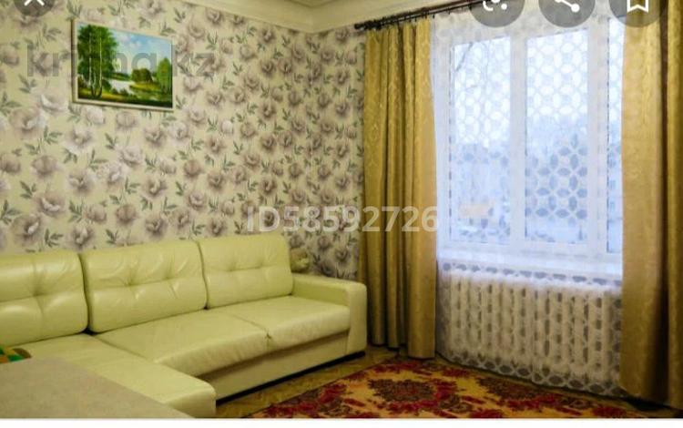 1-комнатная квартира, 54 м² посуточно, 28-й микрорайон 4 за 5 000 〒 в Актау