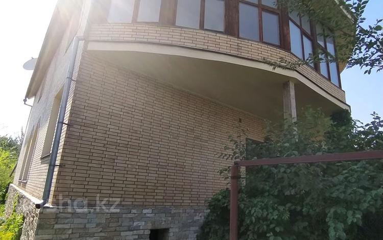 6-комнатный дом, 461 м², 8 сот., мкр Нур Алатау 52 за 65 млн 〒 в Алматы, Бостандыкский р-н