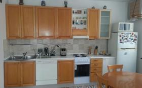 4-комнатная квартира, 170 м², 2/9 этаж помесячно, Мкр Самал-2 за 420 000 〒 в Алматы, Медеуский р-н