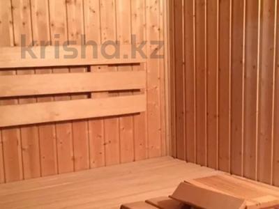 10-комнатный дом, 600 м², 10 сот., Рыскулова — Пацаева за 150 млн 〒 в Актобе — фото 3