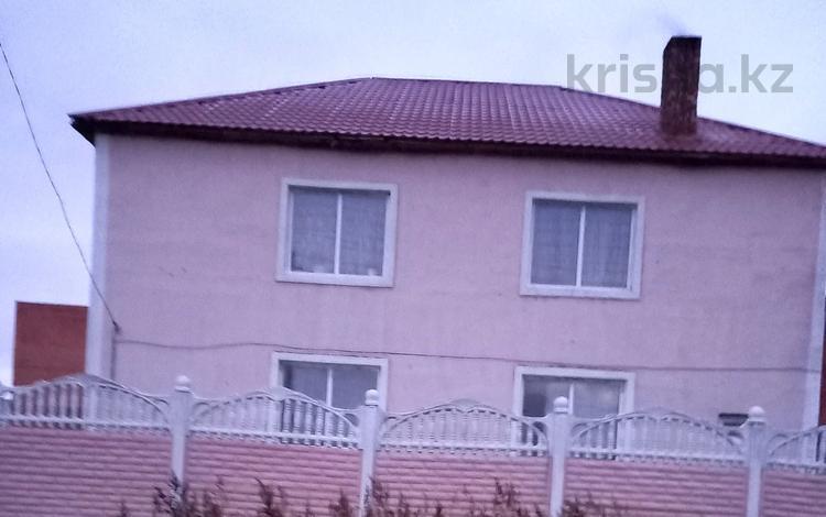11-комнатный дом, 280 м², 10 сот., Кенесары 5 — Коргальжин трасса за 35 млн 〒 в Ильинке