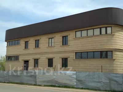 Здание, площадью 1102 м², Наурызбая 23/1 — Переулок Жангозина за 125 млн 〒 в Каскелене — фото 2