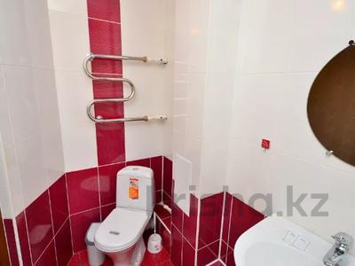 1-комнатная квартира, 42 м² посуточно, Тлепбергенова 80 за 5 000 〒 в Актобе, Новый город — фото 9