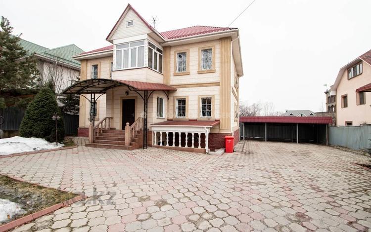 6-комнатный дом, 350 м², 9 сот., мкр Таугуль-3, Мкр Таугуль-3 — Саяна Шаймерденова за 105 млн 〒 в Алматы, Ауэзовский р-н
