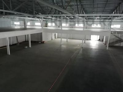 Здание, Жангир Хана 161 площадью 7000 м² за 2 500 〒 в Уральске — фото 7