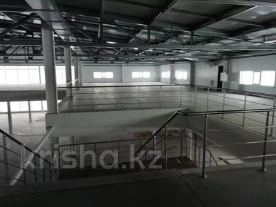 Здание, Жангир Хана 161 площадью 7000 м² за 2 500 〒 в Уральске — фото 8
