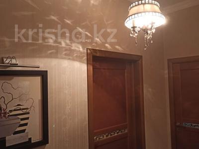 8-комнатный дом, 350 м², 12 сот., Чимбулак 16 за 122 млн 〒 в Талгаре — фото 13