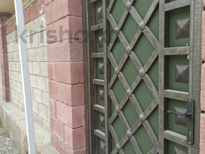8-комнатный дом, 350 м², 12 сот., Чимбулак 16 за 122 млн 〒 в Талгаре — фото 2
