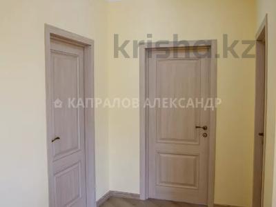 4-комнатный дом, 183.6 м², 8 сот., Карасай батыра за 45 млн 〒 в Туздыбастау (Калинино) — фото 47