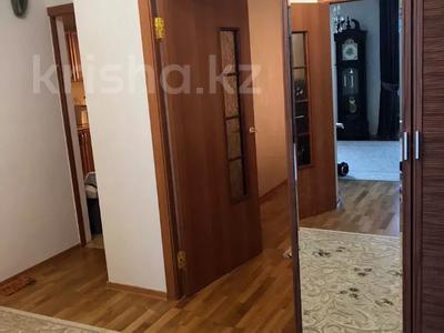 3-комнатная квартира, 100 м², 3/5 этаж помесячно, Журба 35А за 160 000 〒 в  — фото 7
