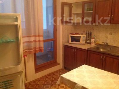 2-комнатная квартира, 57 м², 4/9 этаж помесячно, 5 мкр. 32 за 130 000 〒 в Аксае