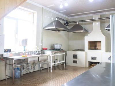 6-комнатный дом посуточно, 220 м², 10 сот., Бескайнар 20 — Жабаева за 80 000 〒 в  — фото 6