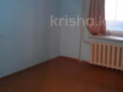 1-комнатная квартира, 36 м², 1/5 этаж, Бажова за ~ 6.3 млн 〒 в Усть-Каменогорске — фото 2