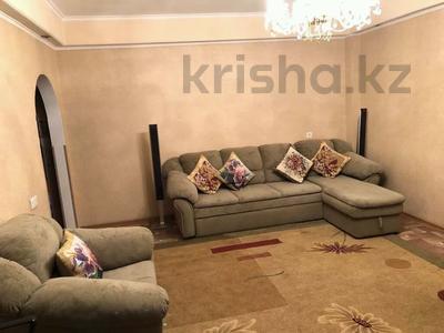 2-комнатная квартира, 90 м², 6/9 этаж помесячно, Колос 333 — Республика за 90 000 〒 в Шымкенте