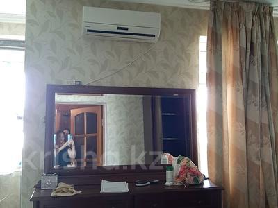 2-комнатная квартира, 90 м², 6/9 этаж помесячно, Колос 333 — Республика за 90 000 〒 в Шымкенте — фото 13