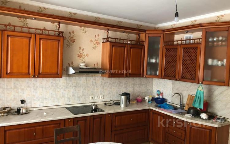 3-комнатная квартира, 100 м², 2/9 этаж, Байганина — Жамбыла за 45 млн 〒 в Алматы, Алмалинский р-н