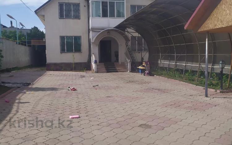 5-комнатный дом, 290 м², 10 сот., Село Отенай 34 за 41 млн 〒 в Талдыкоргане