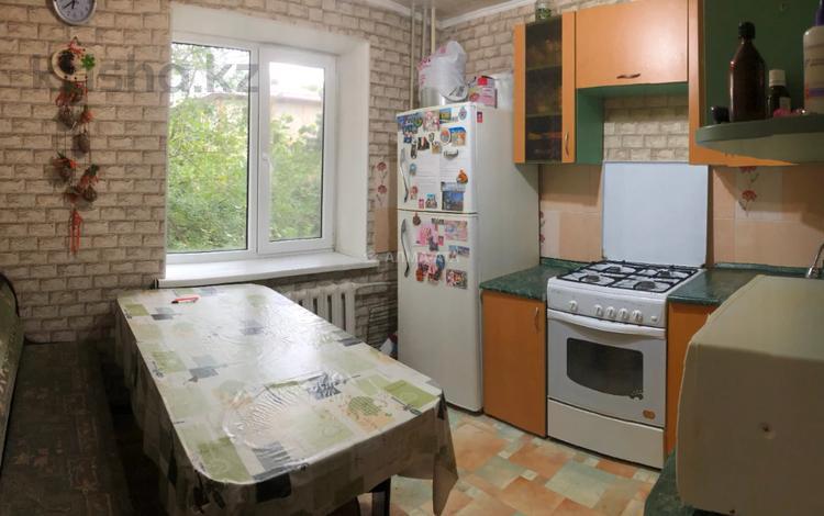 3-комнатная квартира, 62.2 м², 3/4 этаж, Жубанова 68А — Алтынсарина (Правды) за 16.2 млн 〒 в Алматы, Ауэзовский р-н