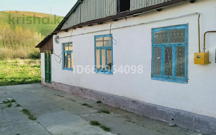 4-комнатный дом помесячно, 70 м², 50 сот., Келте Машат 7 за 50 000 〒