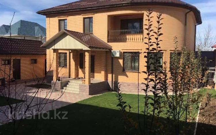 7-комнатный дом, 300 м², 12 сот., мкр Калкаман-3, Шаляпина за 145 млн 〒 в Алматы, Наурызбайский р-н