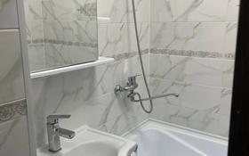 2-комнатная квартира, 70 м², 3/5 этаж, Гарышкерлер 27 за 25.8 млн 〒 в Жезказгане