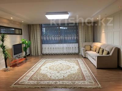 4-комнатная квартира, 201.6 м², Байтурсынова за 90 млн 〒 в Нур-Султане (Астане), Алматы р-н