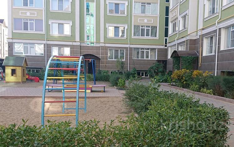 3-комнатная квартира, 99.8 м², 3/5 этаж, Батыс-2 14б за 28.6 млн 〒 в Актобе, мкр. Батыс-2
