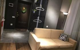 1-комнатная квартира, 42 м², 8/10 этаж посуточно, Ильяса Омарова 23 за 15 000 〒 в Нур-Султане (Астана), Есиль р-н