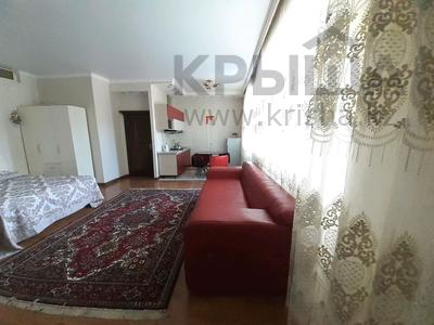 1-комнатная квартира, 45 м² посуточно, Достык 13 за 6 000 〒 в Нур-Султане (Астана), Есиль р-н — фото 4