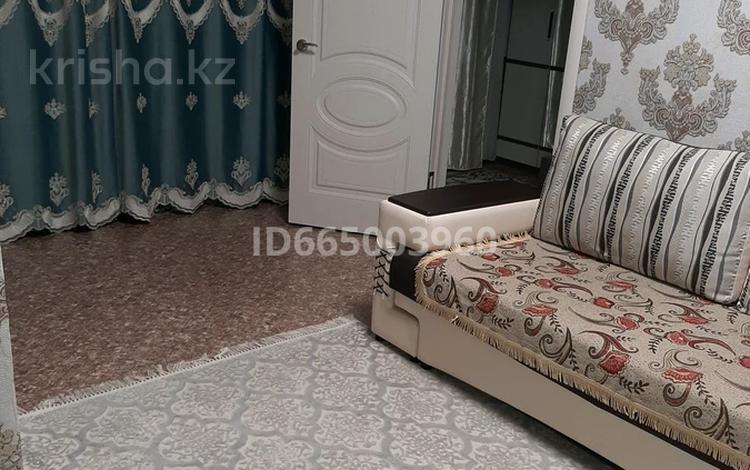 2-комнатная квартира, 40 м², 1/4 этаж, Ауэзова 57 — Сорокина за 8 млн 〒 в Семее